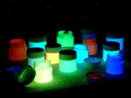 glow in the dark färg